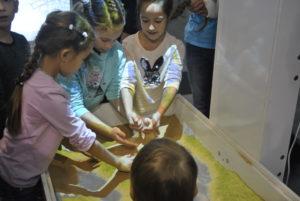 Интерактивная песочница дошкольники