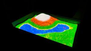 Интерактивная песочница гора