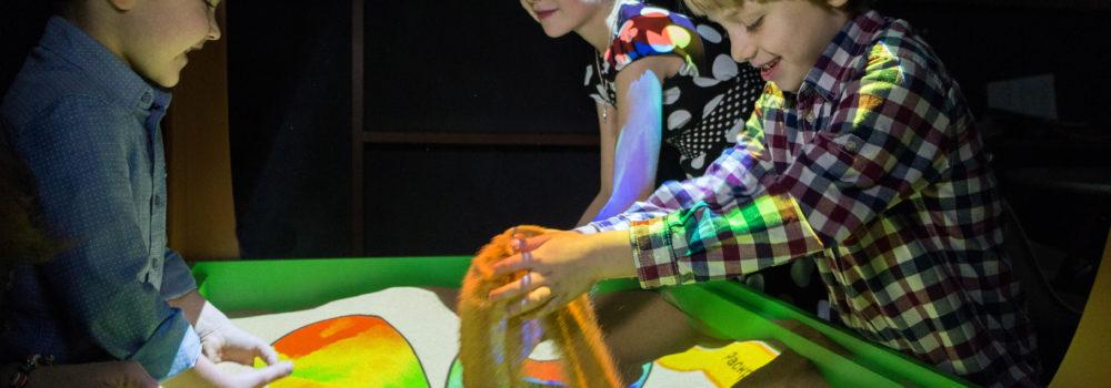 интерактивная песочница счастливые дети