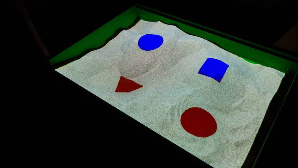 интерактивная песочница занятие изучение фигур