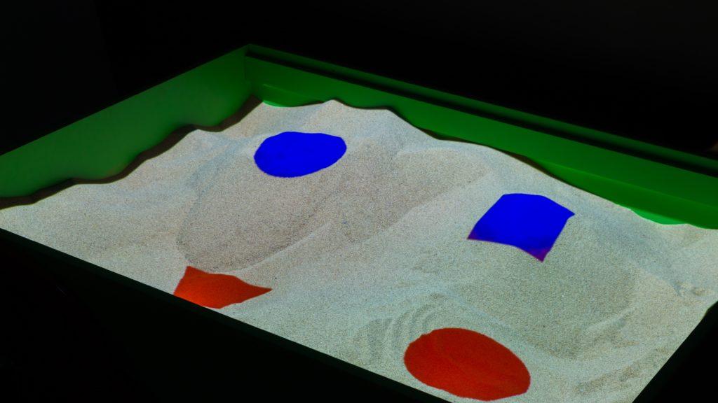 интерактивная песочница занятие раскрась фигуры