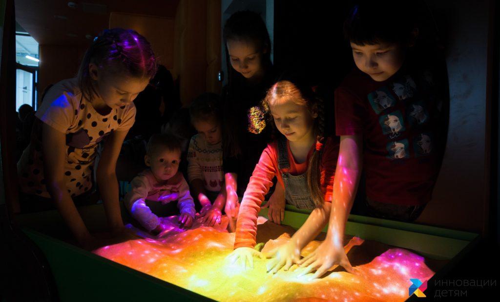 Интерактивная песочница игра космос