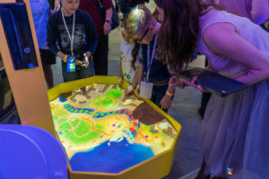Работа с интерактивной песочницей